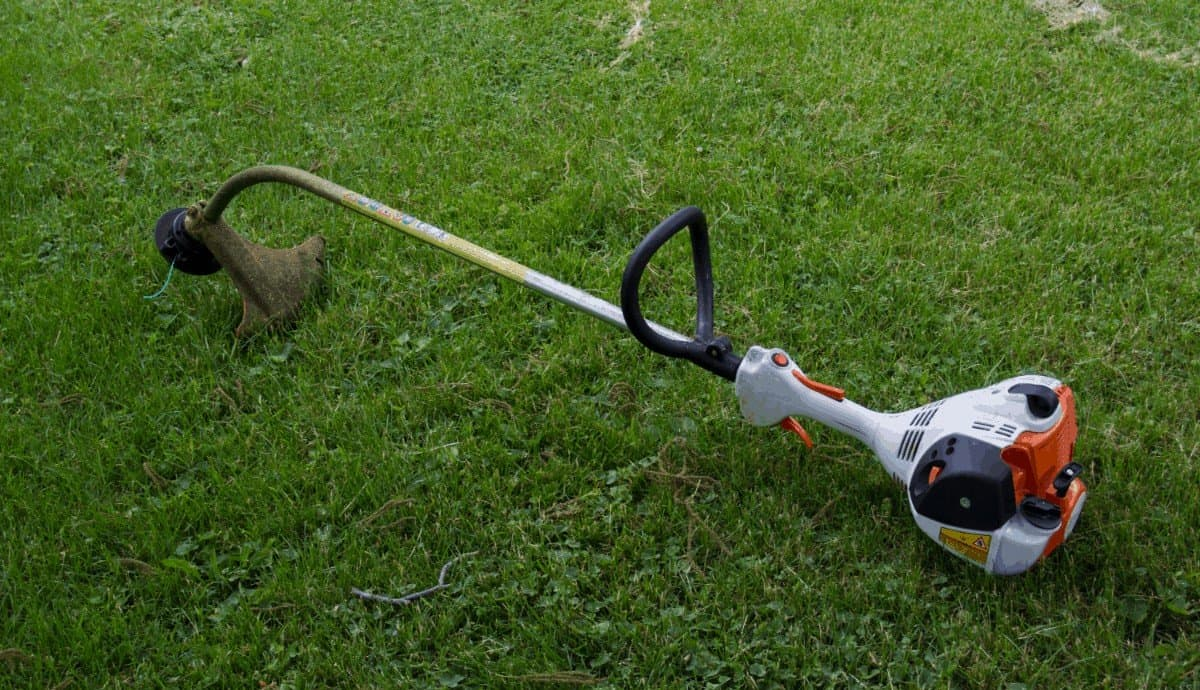 The Best Commercial String Trimmer.