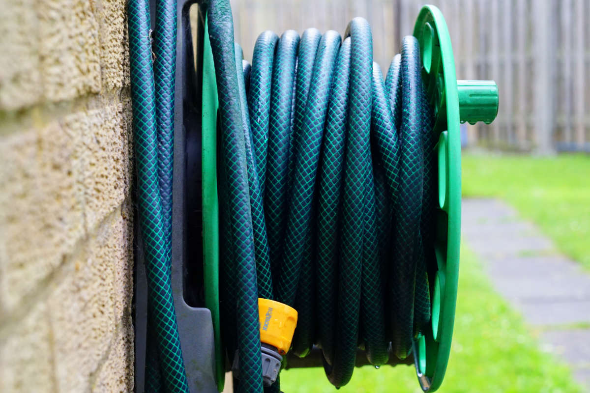 The Best Lightweight Garden Hose for your Yard